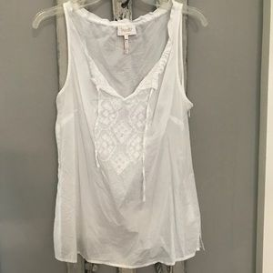 Laundry by Shelli Segal white top